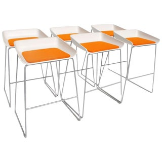 Set of 6 Modern Scoop Stools by Steelcase For Sale