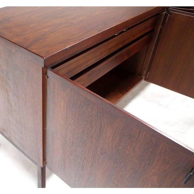 Mid-Century Modern Long Walnut Credenza Cabinet Server For Sale - Image 4 of 9