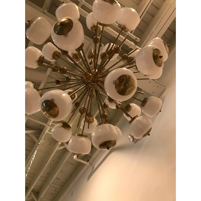 1980s Italian Brass and Glass Sputnik Chandelier For Sale - Image 5 of 11