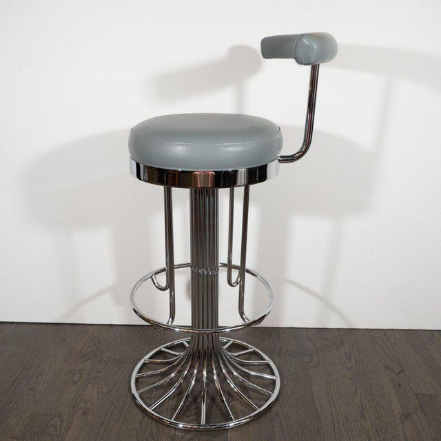 Set of Three Mid-Century Modern Chrome and Dove Gray Swivel Bar Stools For Sale In New York - Image 6 of 8