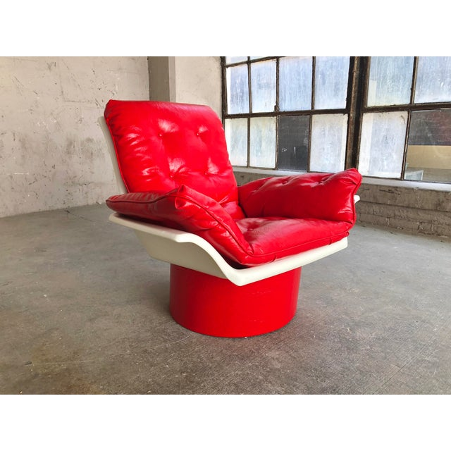 Italian Mid Century Modern Space Age Red Leather Swivel Lounge Chair Molded Plastic Decorion Futorian Italian Style Vintage MCM For Sale - Image 3 of 11