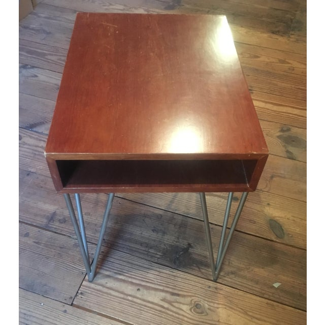 Cherry Wood Mid Century Modern Todd Oldham End Table With Hairpin Legs For Sale