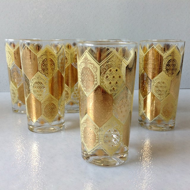 Mid-Century Gold Pineapple Tumblers - Set of 8 For Sale - Image 4 of 9