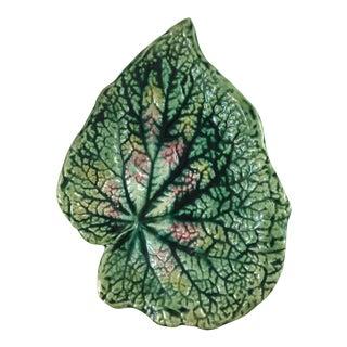 Majolica Green Leaf Plate