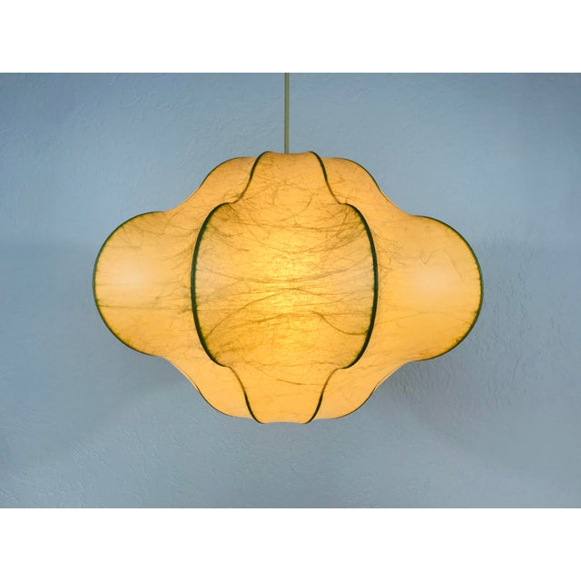 1960s Mid-Century Modern Flower Shape Cocoon Pendant Lamp, Italy For Sale - Image 10 of 12