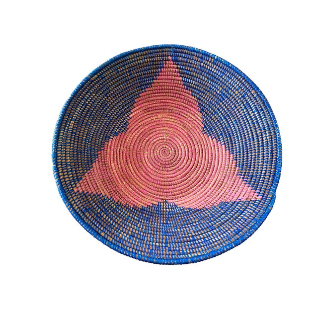 """African Lg Handmade Woven Wolof Basket From Senegal 17.25"""" in D For Sale - Image 3 of 8"""