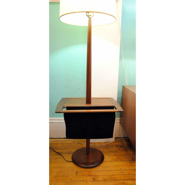 Laurel Mid-Century Floor Lamp With Table & Magazine Holder For Sale - Image 5 of 10