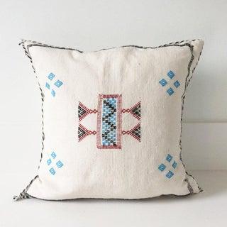 White Sabra Pillow Preview
