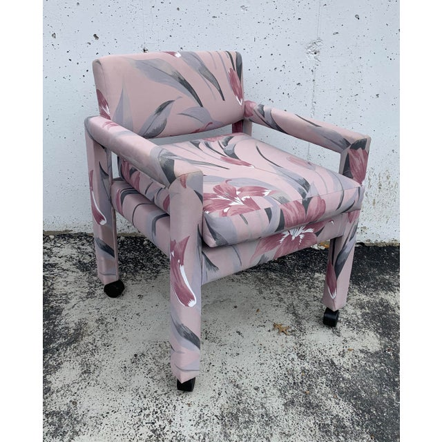 Hollywood Regency 1980s Vintage Thayer Coggin Parsons Chairs- Set of 4 For Sale - Image 3 of 7