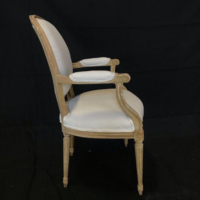Louis XVI Dining Chairs With Original Paint & Linen Uphostery -Set of 6 For Sale In Portland, ME - Image 6 of 13