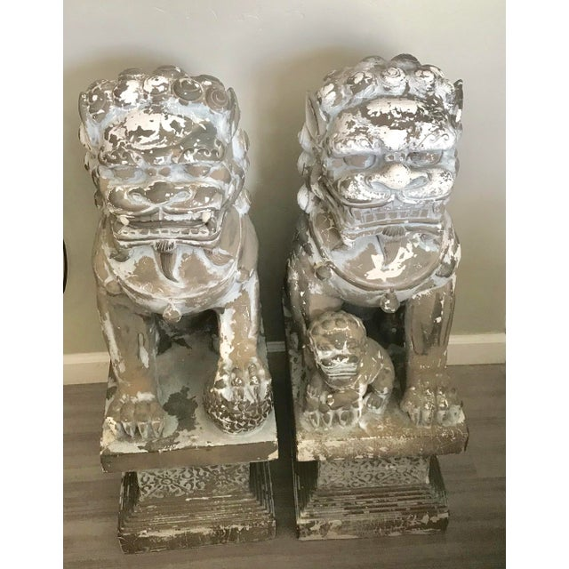 """33"""" H Large Weathered Vintage Gray Taupe Asian Foo Dogs - a Pair For Sale - Image 11 of 11"""