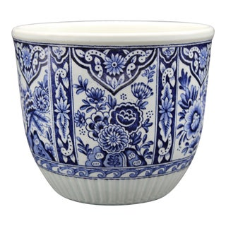 Mid-20th Century Dutch Blue and White Delft Planter For Sale