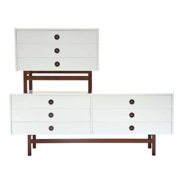Mid Century Modern Brown Saltman Chest of Drawers Set For Sale