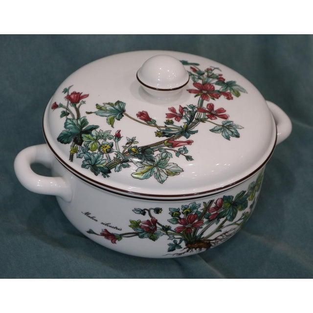 Realism Vintage Villeroy & Boch Botanica Covered Vegetable Serving Bowl For Sale - Image 3 of 7