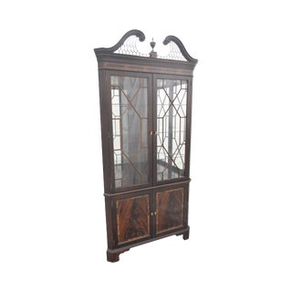 Stickley Flame Mahogany Chippendale Style Corner Cabinet For Sale