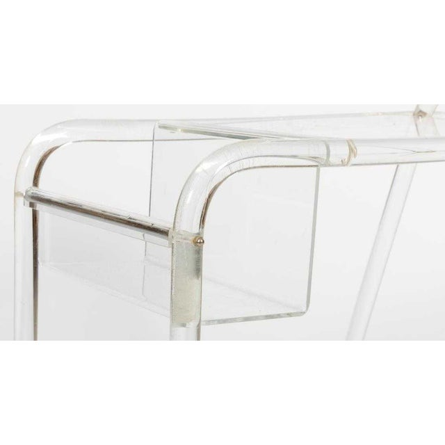 Mid-Century Modern 1970s Mid-Century Modern Lucite and Chrome Modern Tubular Bar Cart For Sale - Image 3 of 4