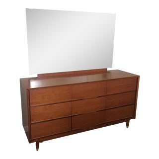 Vintage Mid-Century Walnut 9 Drawer Dresser & Mirror by Benck For Sale