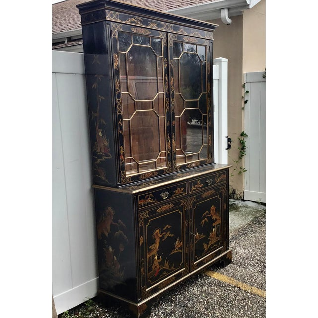 Chinoiserie 19th Century Chippendale Chinoiserie Bookcase Cabinet For Sale - Image 3 of 13