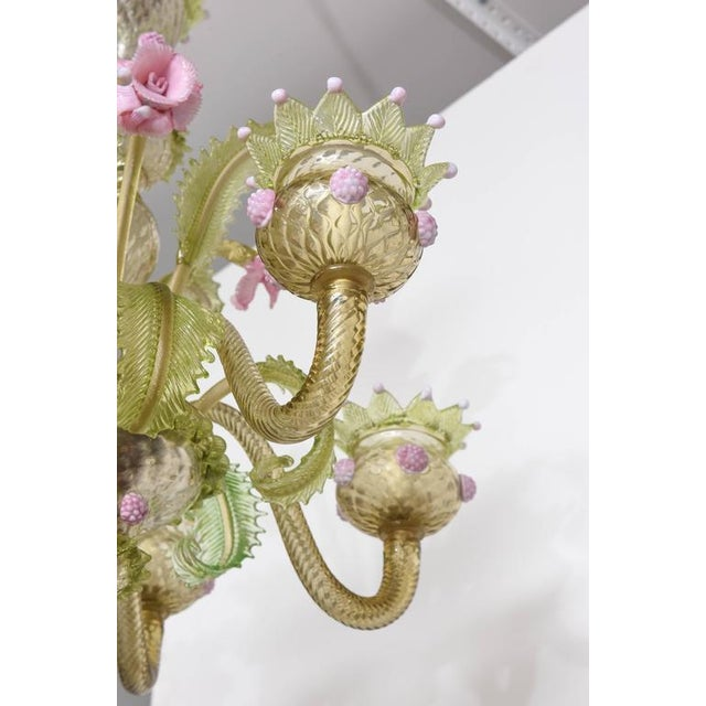 1930s, Louis XV Style, Green and Pink Murano Glass Chandelier and Two Sconces - Image 9 of 9