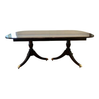 Kindel Oxford Flame Mahogany Dining Room Table For Sale