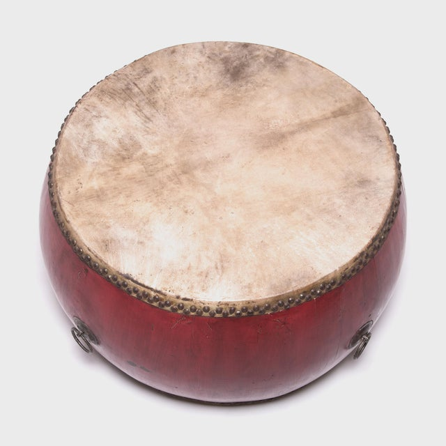 This monumental-scale drum makes no excuses for its commanding presence—both figuratively and literally. Its top is...