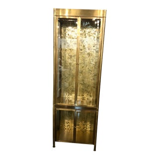 Mastercraft Hollywood Regency Brass & Glass Vitrine Display Cabinet For Sale