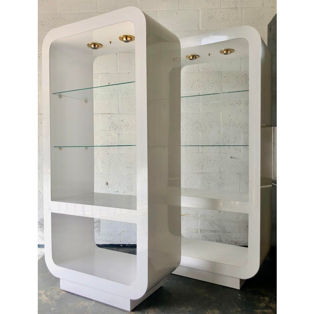 Pair White Mica Lighted Etageres/1970's For Sale In Miami - Image 6 of 11
