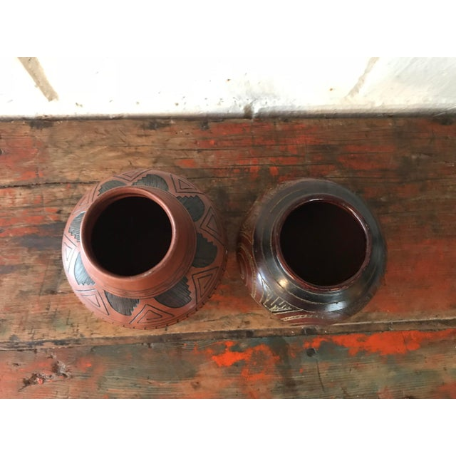 Navajo Brown Pottery Vases - a Pair For Sale - Image 4 of 10