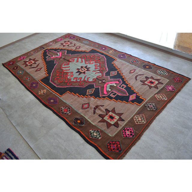 Handwoven Turkish Kilim Rug Anatolia Rug - 7′1″ X 11′6″ For Sale - Image 10 of 10