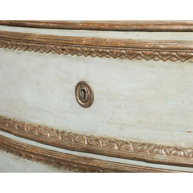 Carrara Marble Important Italian Neoclassic Painted and Parcel-Gilt Commode For Sale - Image 7 of 9