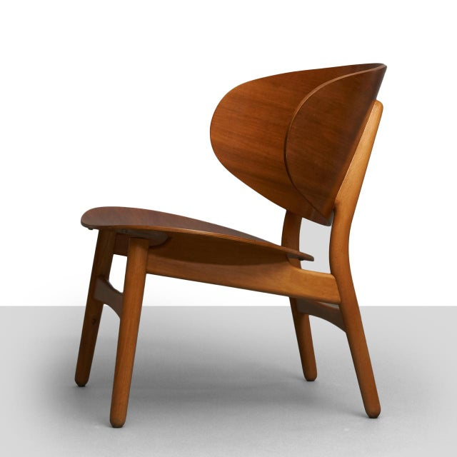 Mid-Century Modern Hans Wegner Shell Lounge Chairs For Sale - Image 3 of 8