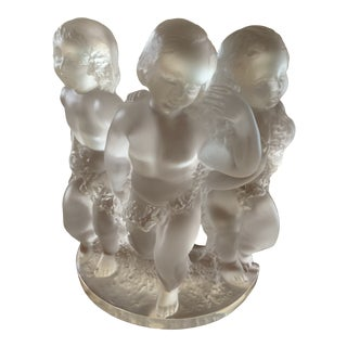 "1980s Lalique ""Luxembourg"" Cherubs Figurine For Sale"