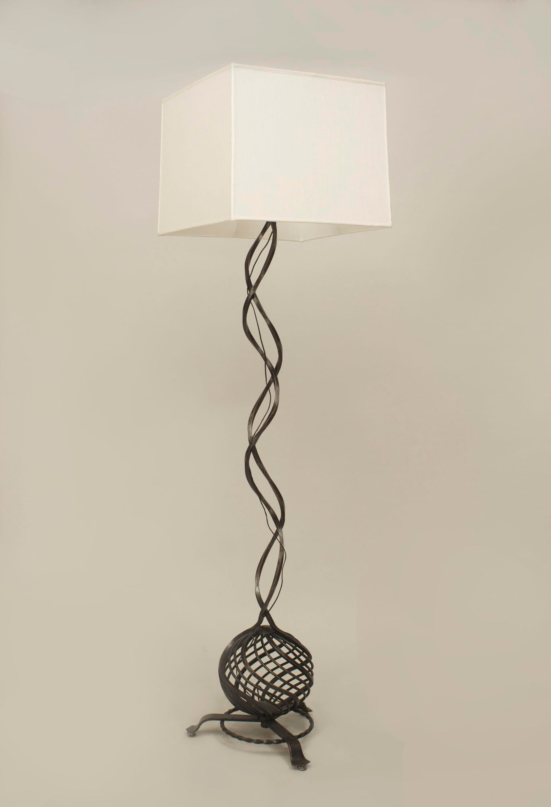 French Art Deco Wrought Iron Floor Lamp   Image 3 Of 3