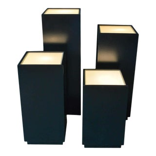 Vintage Illuminated Display Pedestals by Albright and Zimmerman, Ca. 1984 For Sale