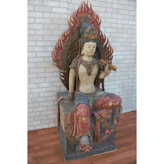 Mid 20th Century Chinese Quan-Yin Sitting Mandorla Statues - a Pair For Sale In Chicago - Image 6 of 13