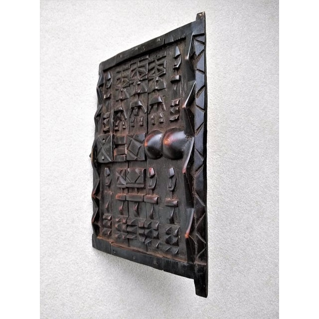 Wood Early 20th Century African Carved Granary Door From Africa - Mali For Sale - Image 7 of 11