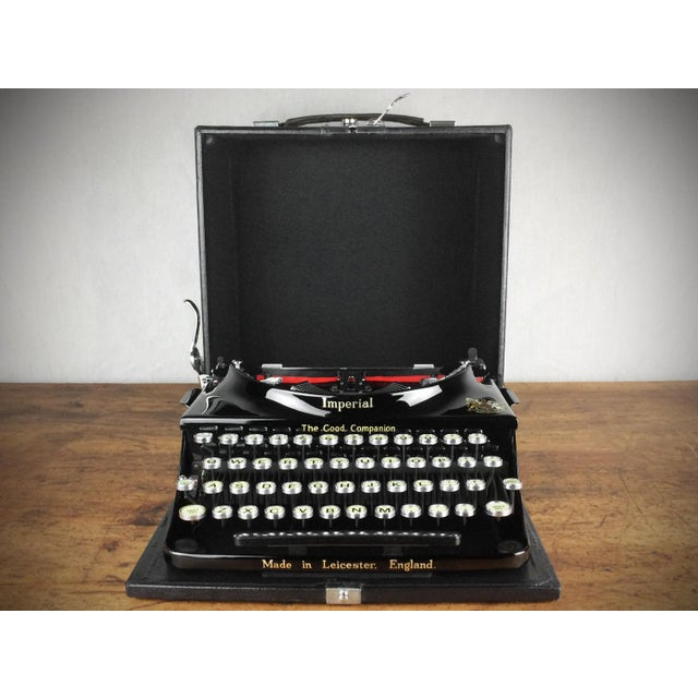 1930s Imperial 'Good Companion' Refurbished Portable Typewriter, Mint Condition - Image 4 of 7