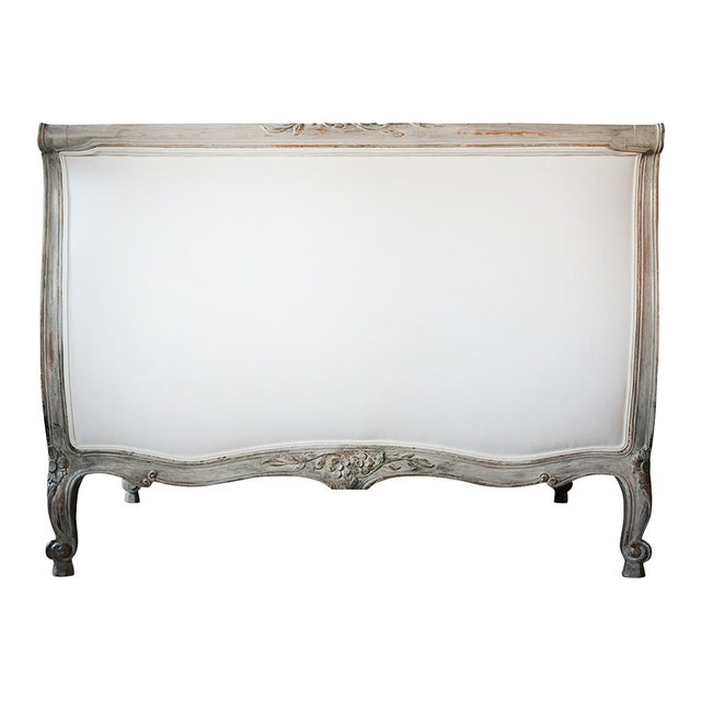 19th Century French Louis XV- Style Daybed With Distressed Finish For Sale - Image 9 of 11