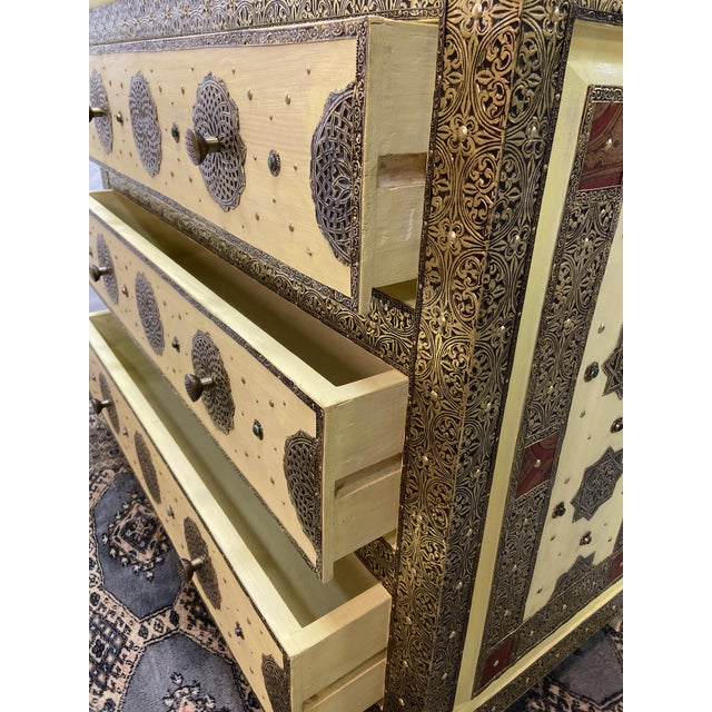 Metal 1970s Vintage Hollywood Regency Style Nightstands-a Pair For Sale - Image 7 of 13