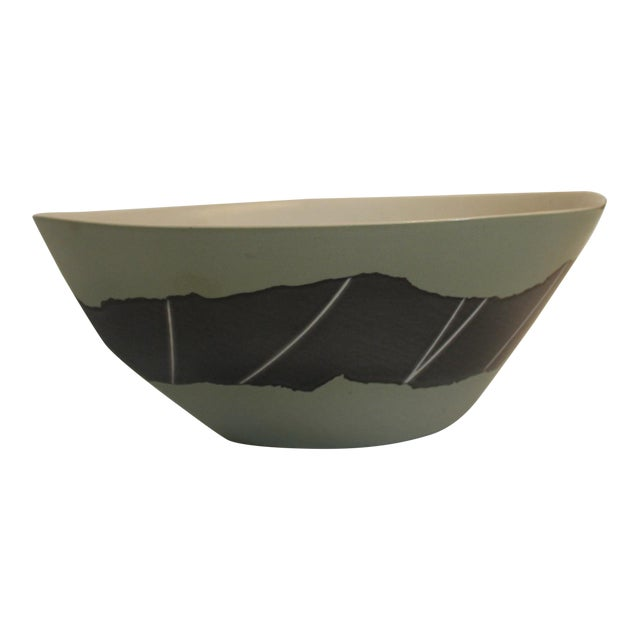 Handmade Green and Silver Marquis-Shaped Fruit Bowl For Sale