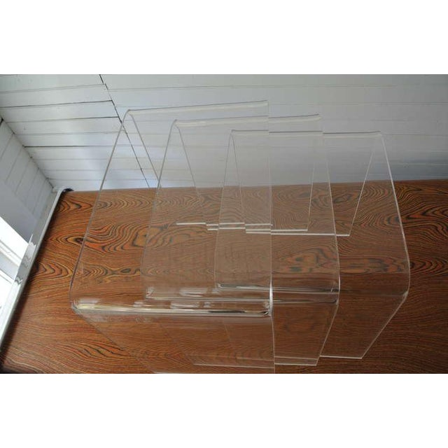 Set of Three Acrylic Lucite Nesting Tables For Sale In New York - Image 6 of 8