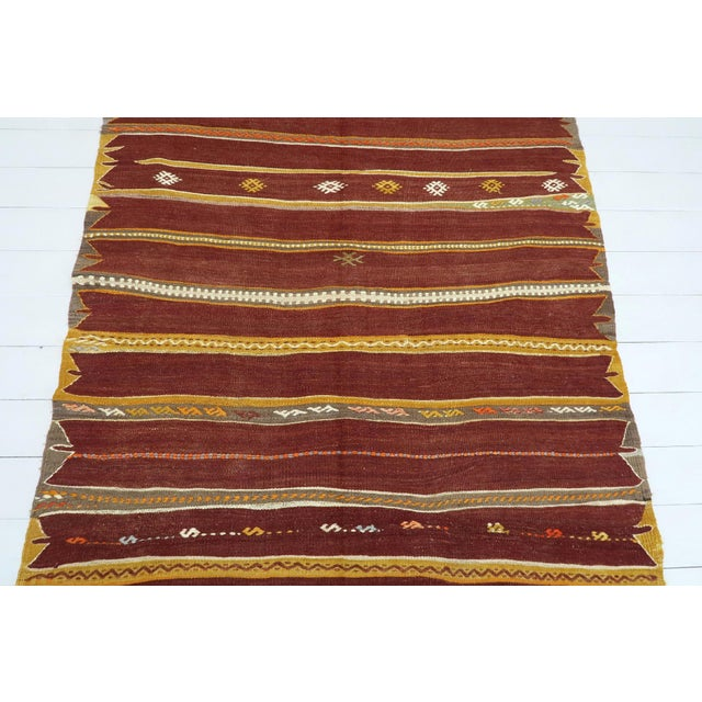 Art Deco Anatolian Kilim Tribal Turkish Kilim Rug-4′8″ × 6′1″ For Sale - Image 3 of 13