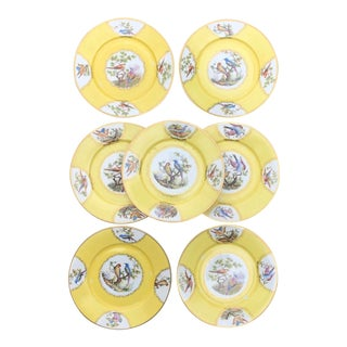 Vintage Czechoslovakia Chelsea Style Yellow Bird Cabinet Wall Plates - Set of 7 For Sale