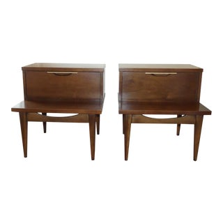 1950s Danish Modern Kent Coffey Walnut Side Tables - a Pair For Sale