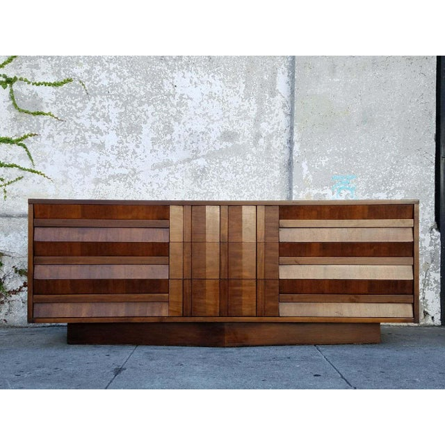 Vintage Lane Walnut Dresser - Image 2 of 6