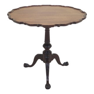 1920s Chippendale Kittinger Carved Mahogany Pie Crust Table For Sale