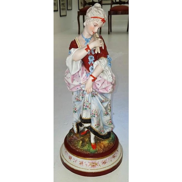 Belle Epoque Pair of 18c French Old Paris Porcelain Figurines- A Pair For Sale - Image 3 of 13