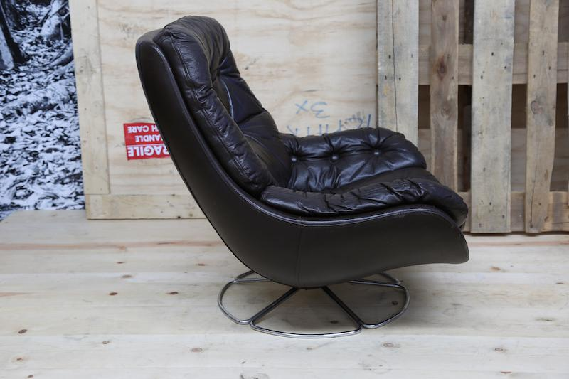 70s Leather Swivel Lounge Chair   Image 5 Of 7