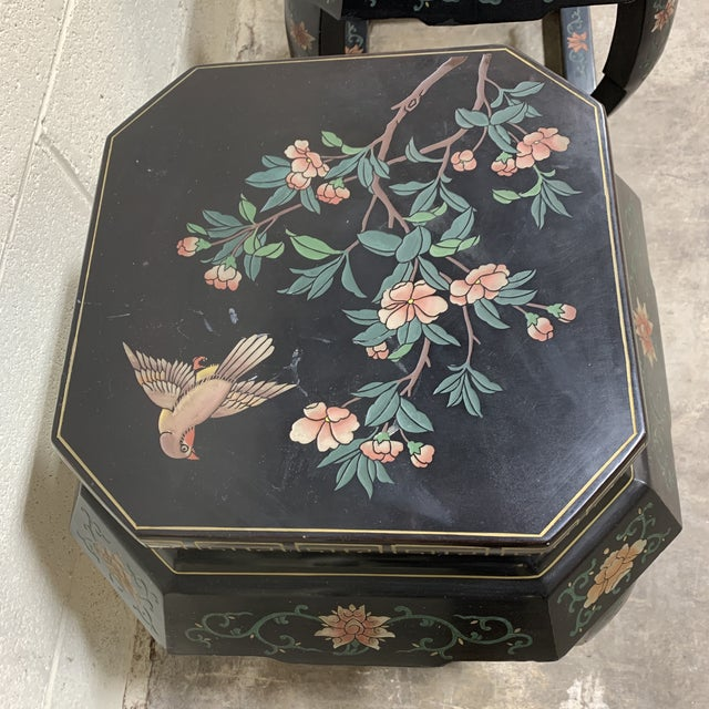 1960s 20th Century Chinese Black Lacquer Side Table Stools For Sale - Image 5 of 12