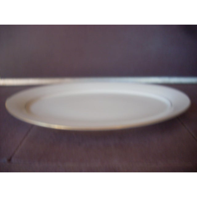 Traditional 1990s Traditional Hayworth Pattern Lenox Cream Porcelain Platter For Sale - Image 3 of 4